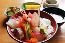 ランチ(海鮮丼(並))